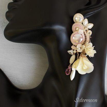 kremowe kolczyki ślubne sutasz