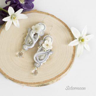 małe kolczyki ślubne sutasz