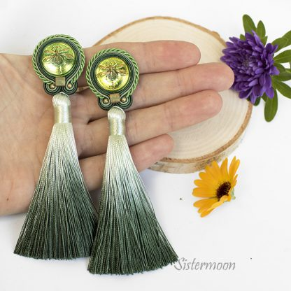 zielone kolczyki sutasz z chwostami